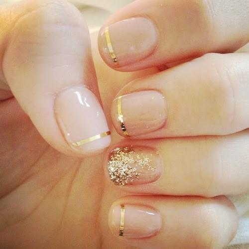 nude + gold manicure