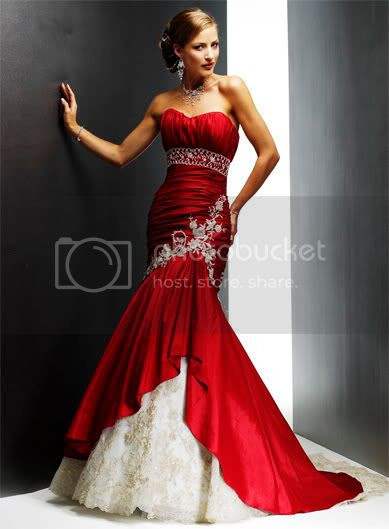 red wedding dress and white color combination perfection