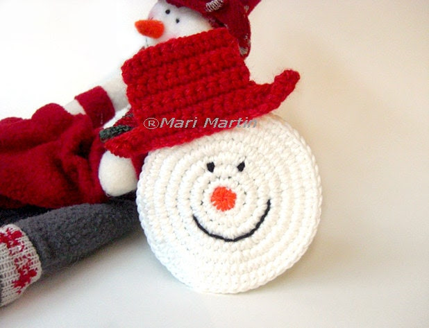 Crochet Coasters Snowman . Beverage Drink Winter Decor Crochet Christmas Collection - Set of 2
