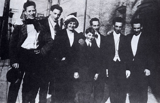 File:Early marx brothers with parents.jpg - Wikipedia, the free encyclopedia