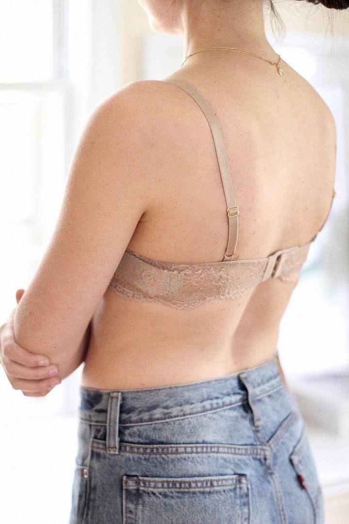 How To Find Bra That Fits Thirdlove Nude Lace Strap T Shirt Bra Vintage Levis Jeans Le Fashion Blog