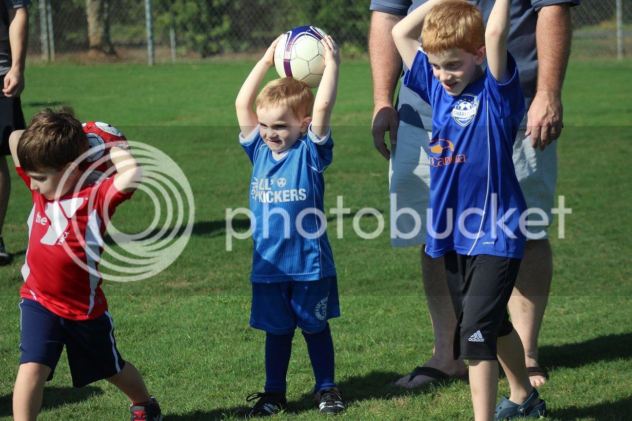 photo soccer22_zpsd13a92b1.jpg
