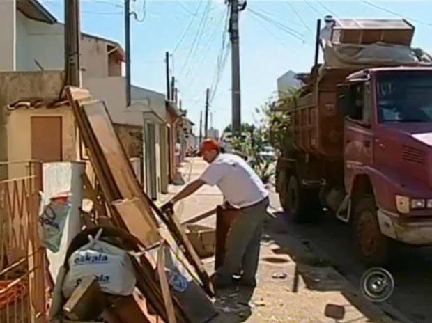 Cidade Limpa (Foto: Reprodução TV TEM)