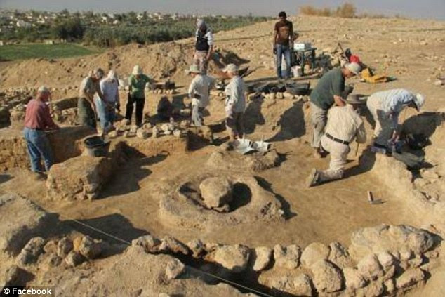 The area remained deserted for around 700 years, after which the city was repopulated, evidenced by artefacts and remains of an Iron Age settlement.