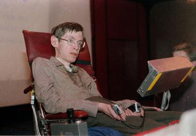 Stephen Hawking à Chicago, en 1986.