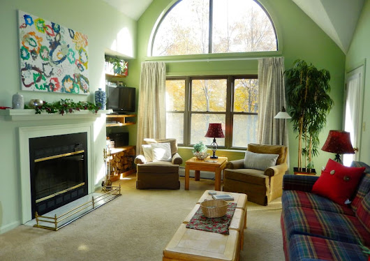 SKI-ON/OFF Slopeside Gem Spacious 4B/2B Sleeps 8 - Condominiums for Rent in Ludlow, Vermont, United States