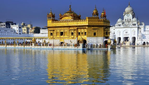 Top 5 Holy Tours in India