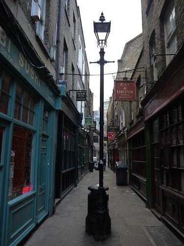 Artillery Lane, Spitalfields by Yekkes