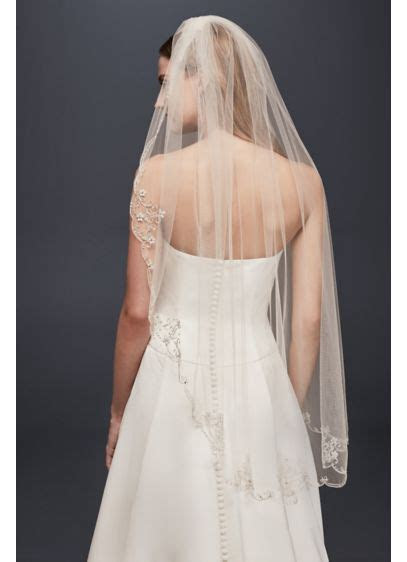 Scrolled Scallop Edge Fingertip Veil   David's Bridal