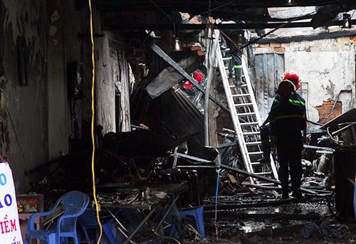 Hình ảnh Vụ nổ sập nhà ở Sài Gòn: Người chồng gào khóc gọi tên vợ con số 1