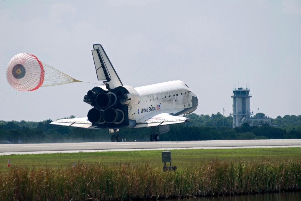 Jun14-2008-STS124landing