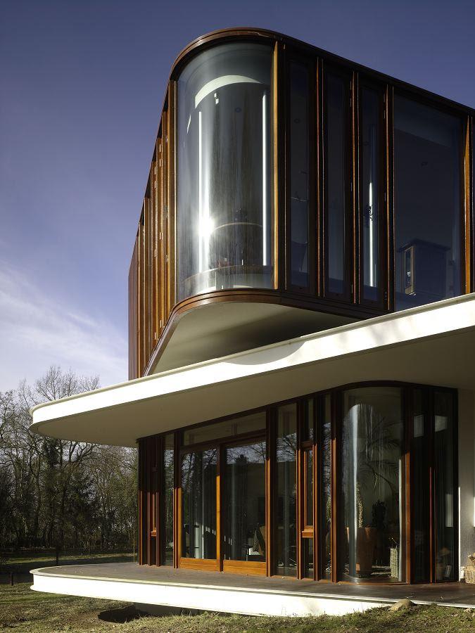 Retro Futuristic House Design by Mecanoo Architecten | DigsDigs