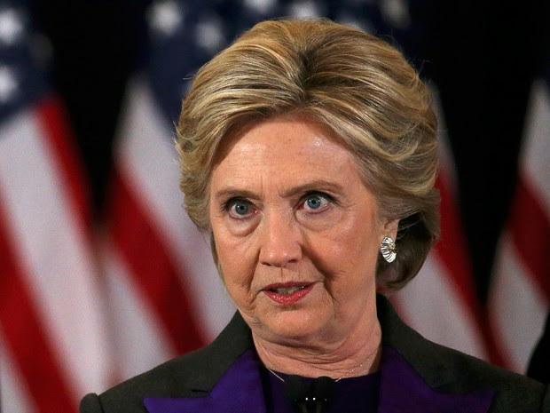 Candidata democrata Hillary Clinton faz discurso nesta quarta-feira (9)  (Foto: Reuters/Carlos Barria)
