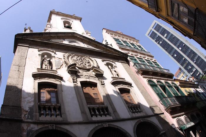 A Igreja da Nossa Senhora da Lapa dos Mercadores foi atingida por uma bala de canhão