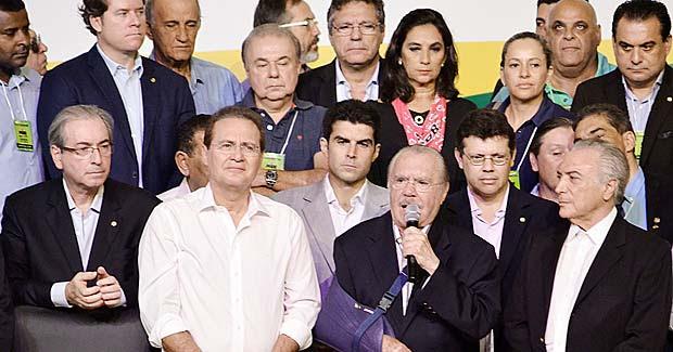BRASILIA, DF, BRASIL, 12/03/2016, O Vice Presidente Michel Temer, Renan Calheiros Pres,do Senado e O Presidente da Camara dos Deputados,Eduardo Cunha,durante a convenção nacional do PMDB em Brasilia,neste sabado 22. (Foto: Renato Costa/Folhapress, PODER)