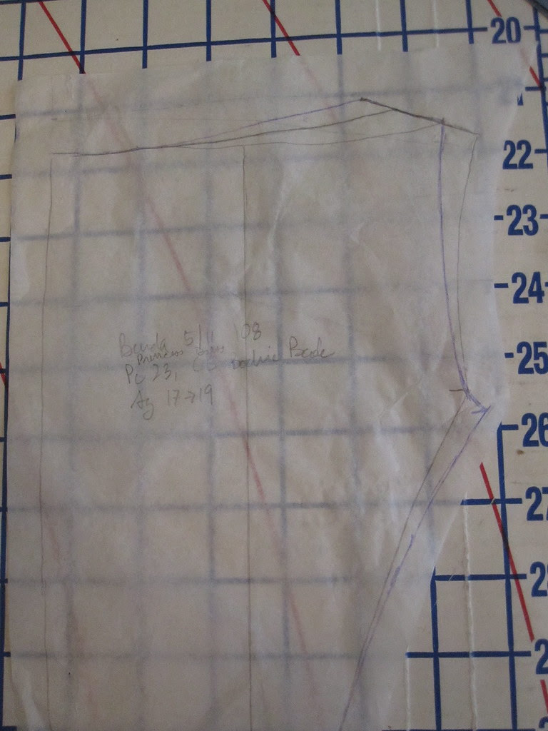 Widen Shoulder Straps/Narrow Neckline v.2