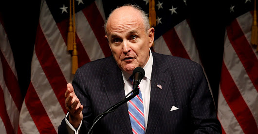 FBI Investigating Possible Leaks To Rudy Giuliani About Hillary Clinton Email Investigation