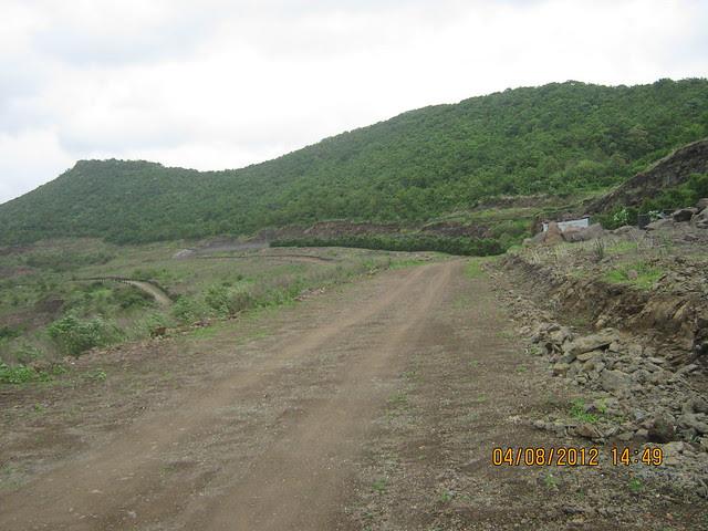 Cut, Demolished & Destroyed Hill of XRBIA Hinjewadi Pune - Nere Dattawadi, on Marunji Road, approx 7 kms from KPIT Cummins at Hinjewadi IT Park - 82