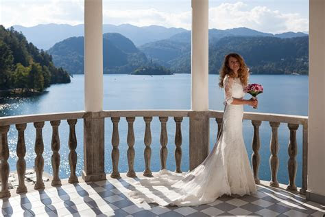 Perfect wedding abroad at Lake Bled   Dream Wedding Slovenia