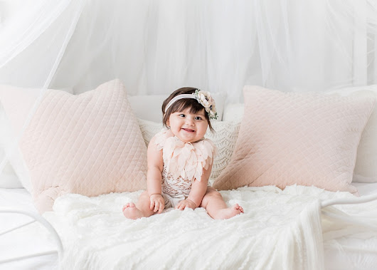 Morgan | Kingwood Studio 6 month Photos