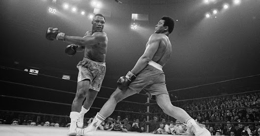 Muhammad Ali – 25 of the best photographs of the legendary boxer | Sport | The Guardian