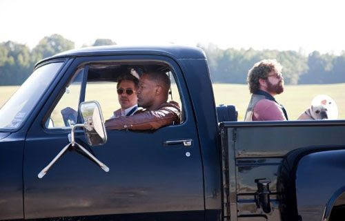 Peter and Ethan carpool with Peter's friend Darryl (Jamie Foxx) in DUE DATE.