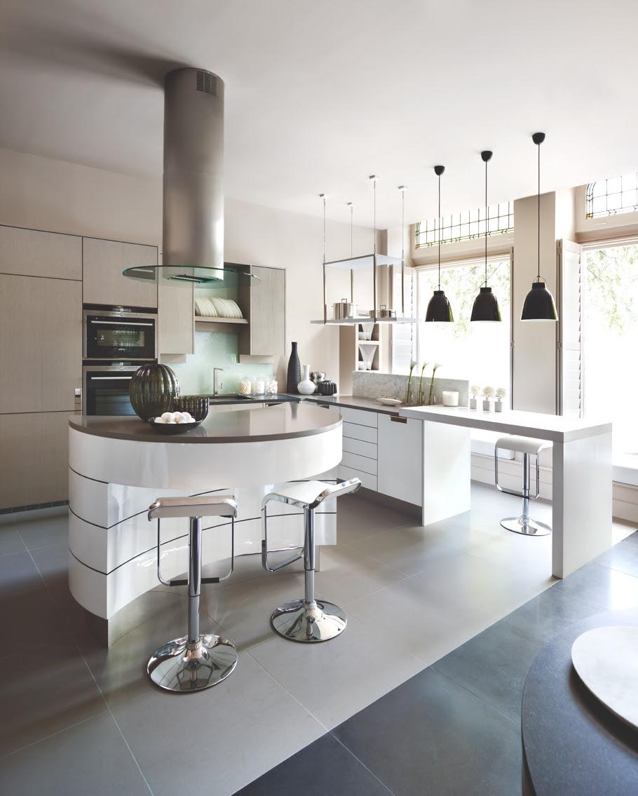 The interview: Interior designer Kelly Hoppen MBE « Adelto Adelto