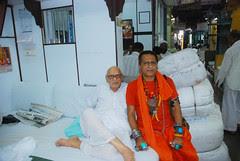 Naunesh Bhai MJ Market Young at 92 by firoze shakir photographerno1