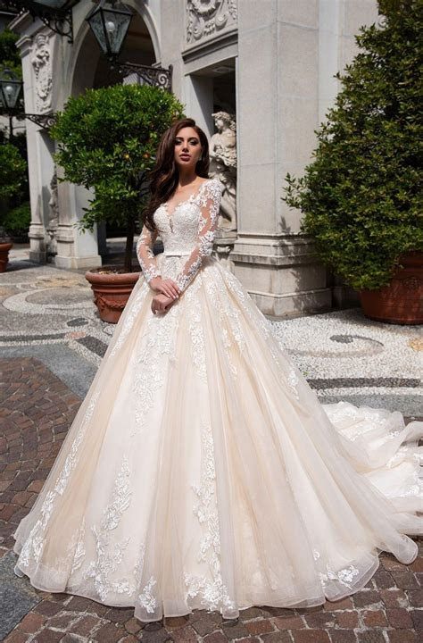 Lace Ball Gown Long Sleeve Wedding Dresses Ivory Champagne
