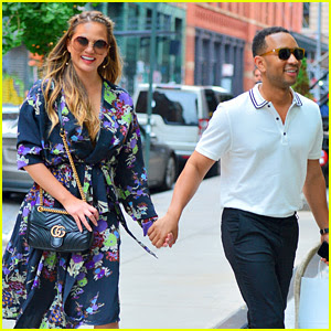 Chrissy Teigen & John Legend Are One Stylish Big Apple Duo