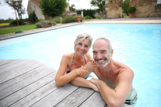 Seniors and Swimming: The Many Health Benefits