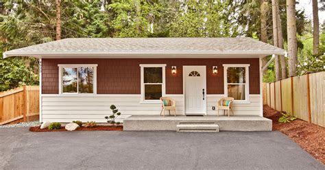 cozy bungalow house  simple elegant interiors