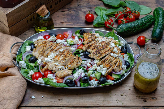 Healthy Grilled Chicken Salad Recipe (Greek Style) | Blondelish