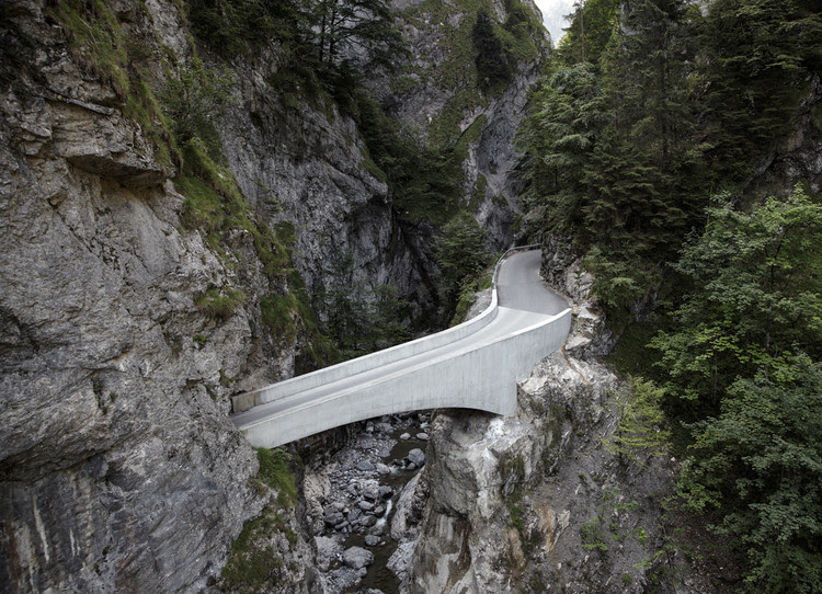 Ponte Schaufelschlucht / marte.marte Architekten, Cortesia de Marte Marte Architects