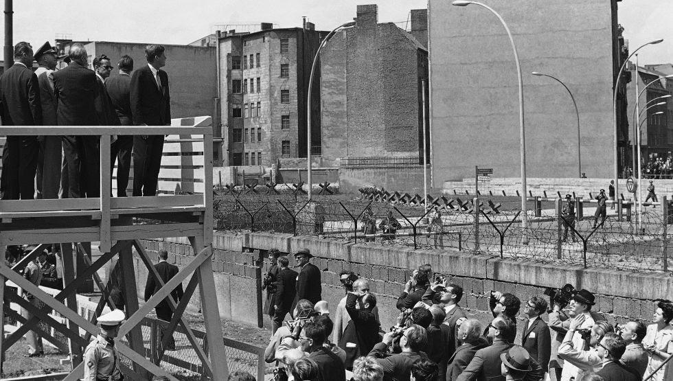 El presidente Kennedy durante su visita a Berlín en junio de 1963.