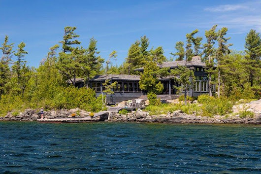Cottage of the Week: $2.7 million for a Georgian Bay beach house with a waterside sauna - torontolife.com