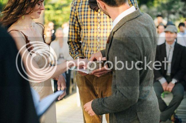 http://i892.photobucket.com/albums/ac125/lovemademedoit/welovepictures%20blog/CC_OldMacDaddy_Elgin_Wedding__078.jpg?t=1355209246