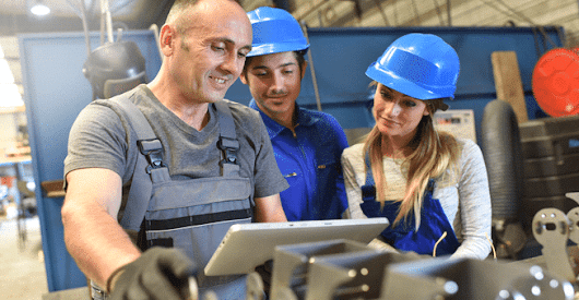 Employee apps for manufacturing companies - hubEngage