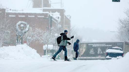 From feet of powder to a snow-free winter, Flagstaff weather swings to extremes in 2017