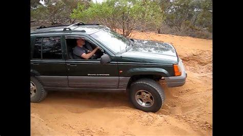 jeep zj grand cherokee   bb   flexing