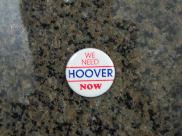 Replica campaign button