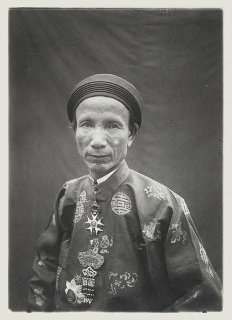 Hue 1926 - Son Excellence Nguyen Bay, ministre des Travaux publics et de la Guerre - Thượng thư Bộ Công và Bộ Binh Nguyễn Hữu Bài