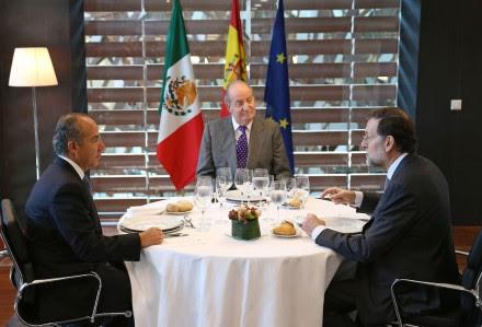 Calderón, el rey Juan Carlos y Rajoy en España. Foto: Xinhua / Palacio de la Moncloa