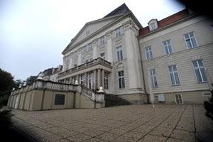 Es gibt vielerlei Hinweise darauf, dass im ehemaligen Kinderheim auf dem Wilhelminenberg fremden Männern Zutritt zu den Schlafsälen gewährt wurde. Ob Geld im Spiel war, wird derzeit geprüft.