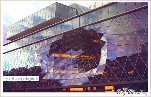 http://i402.photobucket.com/albums/pp103/Sushiina/Daily/fr3-1.jpg