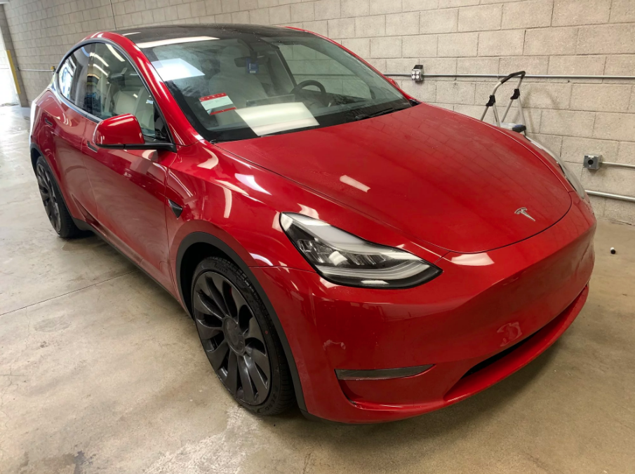 Check Out The First Red Tesla Model Y S With White Interiors Delivered Over The Weekend Video Drive Tesla Canada