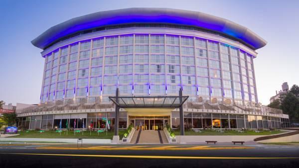 Discount Howard Johnson Plaza Resort & Casino Mayorazgo