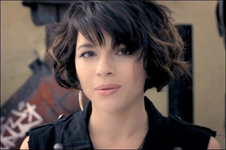 music video chasing pirates by norah