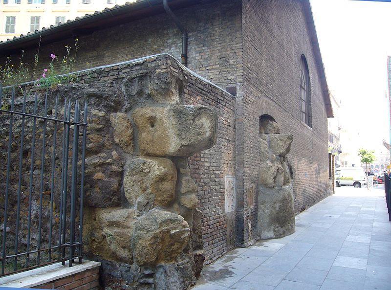 File:Esquilino - mura serviane all'auditorium 1120875.JPG
