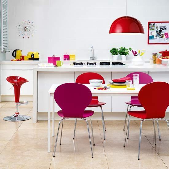 5-2011-2012-best-kitchen-colour-schemes-rainbow-bright